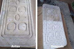 Limpieza de un colchón. A la derecha se puede ver la diferencia claramente entre la parte limpia y sucia.
