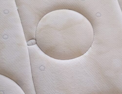 4 causas de aparición de manchas amarillas en colchones y cómo eliminarlas